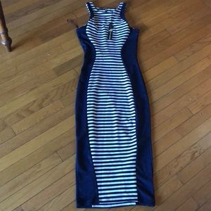 Poof culture women's dress size small